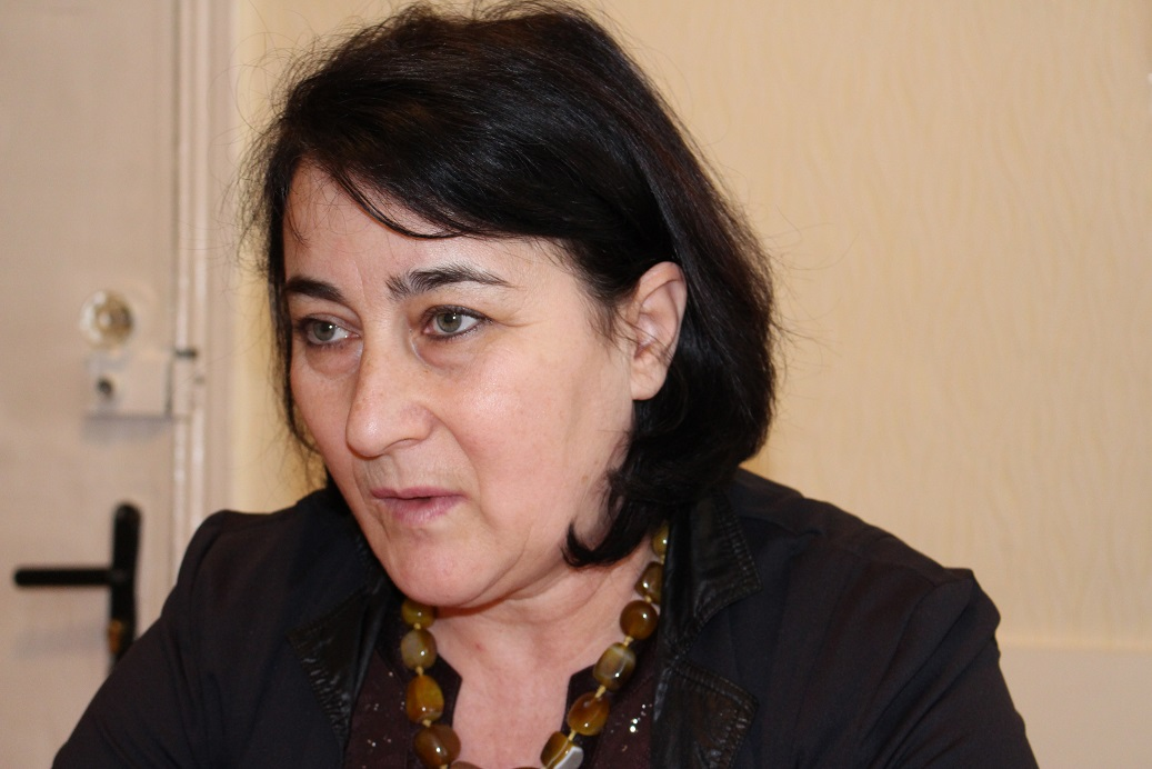 Ana Lozovoi, directoareRED